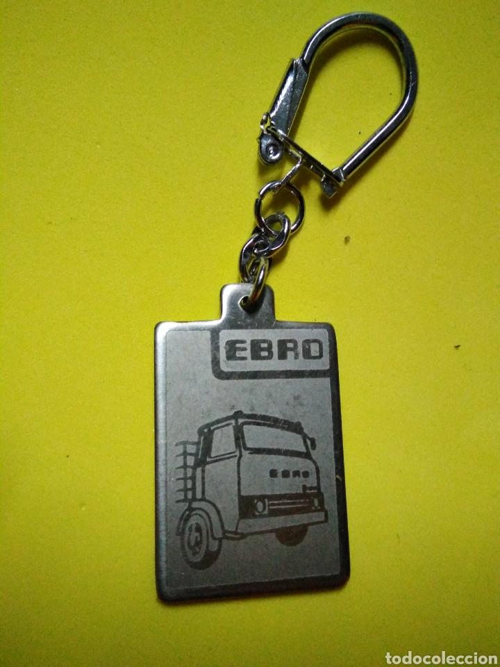 LLAVERO ANTIGUO CAMION ES EBRO TRUCK (Coleccionismo - Llaveros)