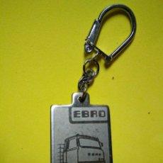Coleccionismo de llaveros: LLAVERO ANTIGUO CAMION ES EBRO TRUCK. Lote 132843869