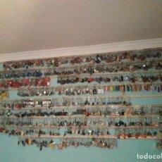 Coleccionismo de llaveros: 4500 LLAVEROS DIFERENTES,GRAN LOTE DE COLECCIONISTA. Lote 144221866