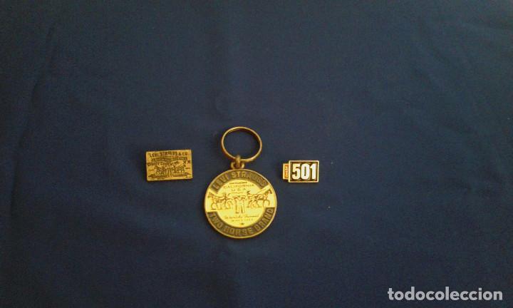 Coleccionismo de llaveros: LEVI STRAUSS PINS Y LLAVEROS - Foto 2 - 145657870