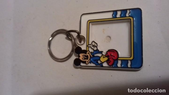 Coleccionismo de llaveros: LLavero para incluir una pequeña foto con el logo de Mickey - Foto 2 - 154699946