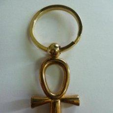 Coleccionismo de llaveros: LLAVERO CRUZ EGIPCIA (8,5 CM DE LARGO). Lote 155922150