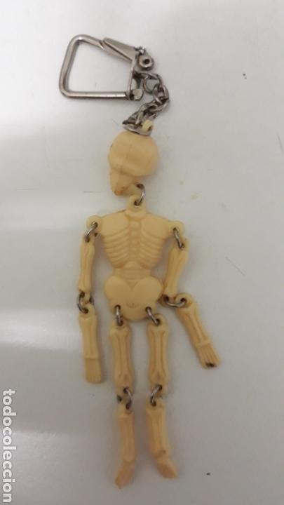 Coleccionismo de llaveros: Antiguo llavero esqueleto articulado - Foto 2 - 169608150