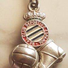 Coleccionismo de llaveros: LLAVERO REAL CLUB DEPORTIVO ESPAÑOL PELOTA Y BOTA. Lote 172941119