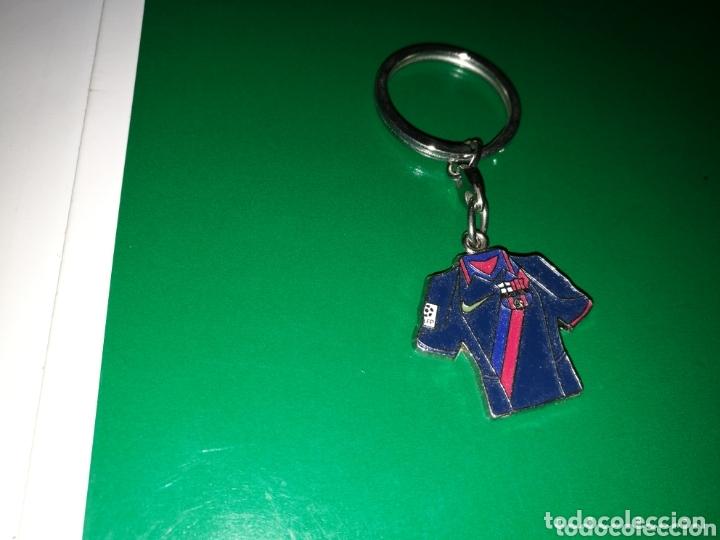 Coleccionismo de llaveros: Antiguo llavero camiseta FC Barcelona - Foto 2 - 174266678