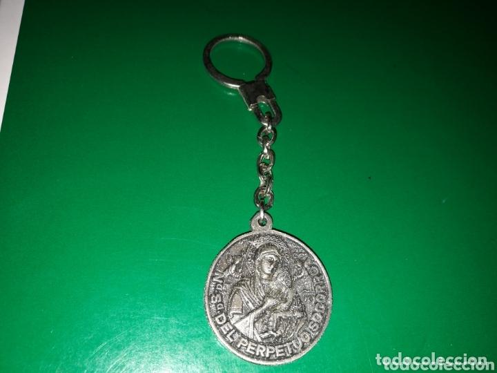 Coleccionismo de llaveros: Antiguo llavero años 80. Virgen del Perpetuo Socorro de Albacete - Foto 2 - 174267978