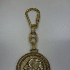 Coleccionismo de llaveros: LLAVERO METÁLICO. FRANCO. ESPAÑA, UNIDAD INDIVISIBLE. (3,7 CM DE DIÁMETRO). Lote 175023365