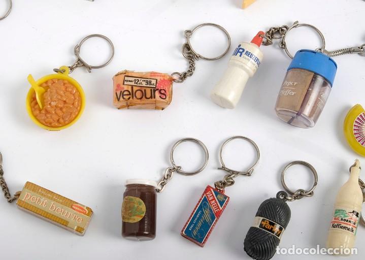 Coleccionismo de llaveros: 17 llaveros de productos de consumo, alimentación y hogar. Holanda. Años 60 - Foto 2 - 183747892