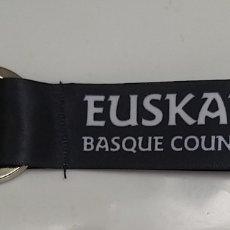 Coleccionismo de llaveros: LLAVERO DE TELA EUSKADI BASQUE COUNTRY. PAIS VASCO.. Lote 191845003