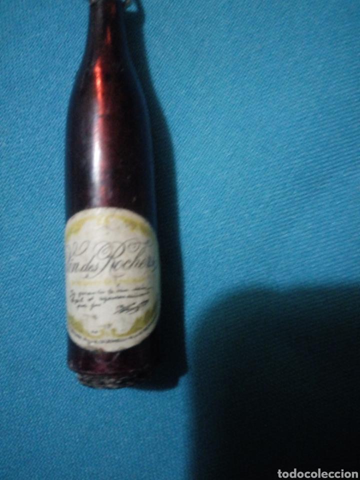 Coleccionismo de llaveros: ANTIGUO LLAVERO BOTELLA VINDES ROCHER, PUBLICIDAD ( Made in Hong Kong) - Foto 3 - 194242295