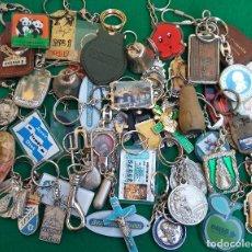 Coleccionismo de llaveros: LOTE DE 50 LLAVEROS VARIADOS. Lote 194732246