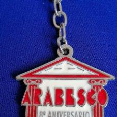 Coleccionismo de llaveros: LLAVERO DISCOTECA ARABESCO- 8 ANIVERSARIO -RUTA DEL BACALAO. Lote 198183570