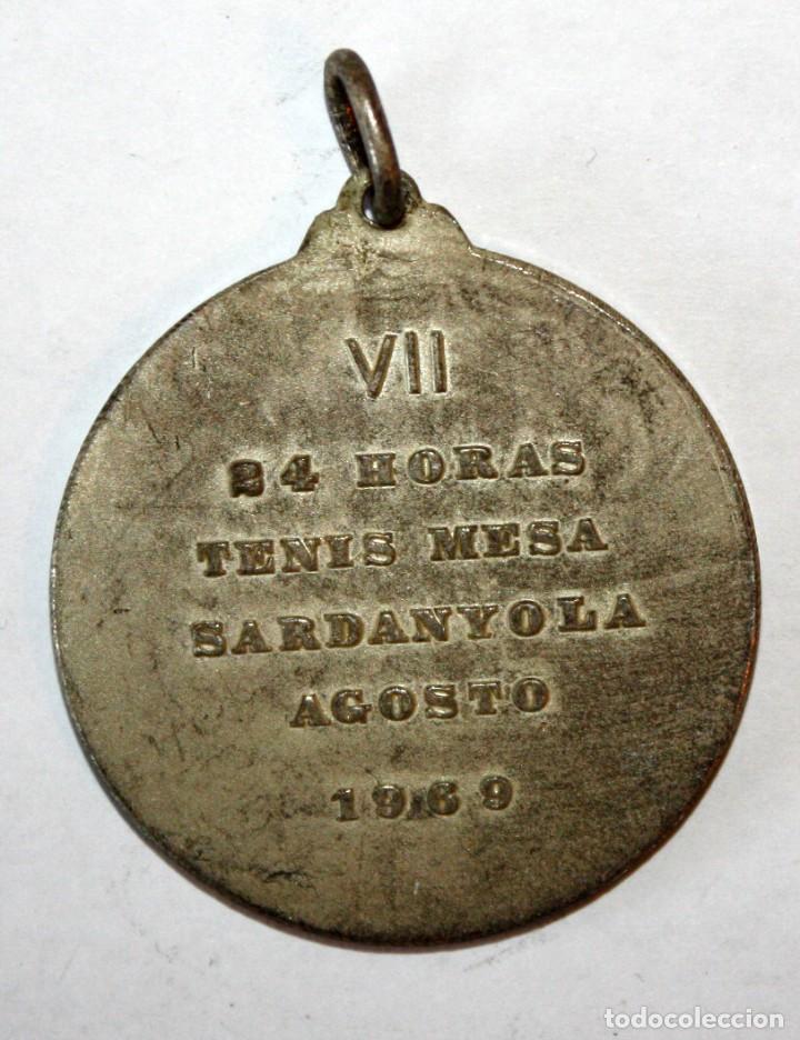 Coleccionismo de llaveros: LLAVERO DE VII 24h TENIS MESA CERDANYOLA DEL VALLES (BARCELONA). AGOSTO DEL 1969 - Foto 2 - 201179478