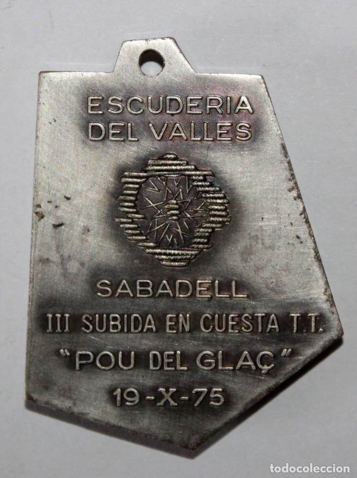 Coleccionismo de llaveros: LLAVERO ESCUDERIA DEL VALLES. SABADELL. III SUBIDA EN CUESTA TT. POU DE GLAÇ (19 OCTUBRE 1975) - Foto 2 - 201180447