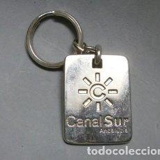 Colecionismo de porta-chaves: LLAVERO DE METAL CANAL SUR 10 AÑOS R.T.V.A. ANDALUCIA - LLAV-10325 - B-235. Lote 205249361