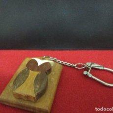 Coleccionismo de llaveros: LECHUZA MADERA. Lote 206841187