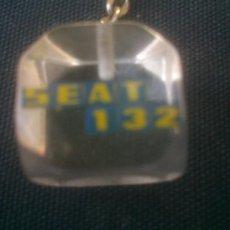 Coleccionismo de llaveros: ANTIGUO LLAVERO SEAT 132. Lote 213672413