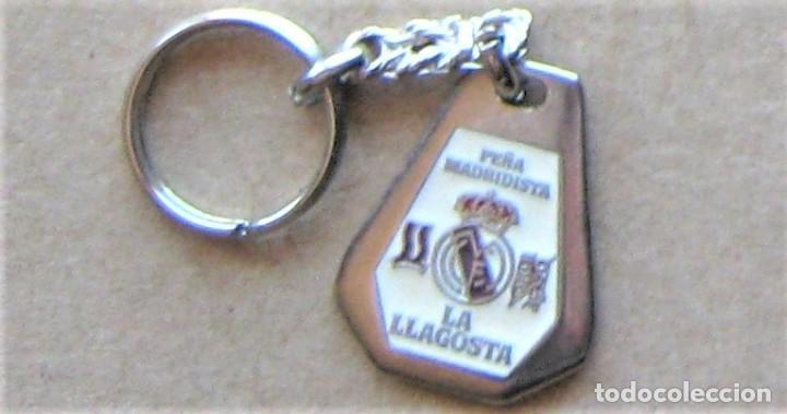 LLAVERO REAL MADRID CF PEÑA MADRIDISTA LA LLAGOSTA GIRONA FUTBOL METAL KEYRING KEY CHAIN R137 (Coleccionismo - Llaveros)