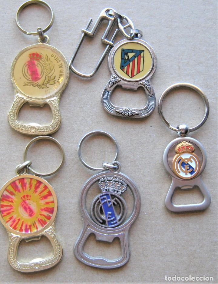 LOTE 5 LLAVERO REAL MADRID CF + ABRIDOR BOTELLAS METAL KEYRING CHAVEIRO PORTE-CLES KEY CHAIN (Coleccionismo - Llaveros)