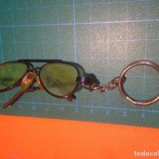 Coleccionismo de llaveros: LLAVERO GAFAS GLASSES KEYCHAIN. Lote 222330561