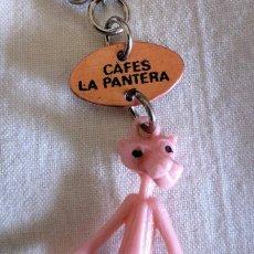 Coleccionismo de llaveros: LLAVERO PUBLICIDAD CAFES LA PANTERA CON LA PANTERA ROSA.. Lote 222836761