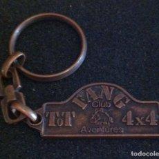 Coleccionismo de llaveros: ANTIGUO LLAVERO CLUB TOT FANG 4X4 (SABADELL). Lote 222858973