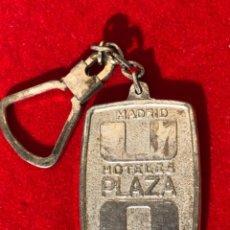 Coleccionismo de llaveros: LLAVERO HOTELES PLAZA. MADRID. Lote 235246515