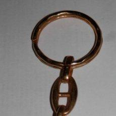 Coleccionismo de llaveros: LLAVERO VINTAGE DE LA MARCA CARMENCITA. Lote 235296670