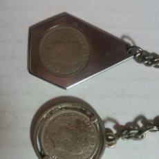 Coleccionismo de llaveros: RÉPLICA DE 3 LLAVEROS MONEDAS JUAN CARLOS C1. Lote 236842355