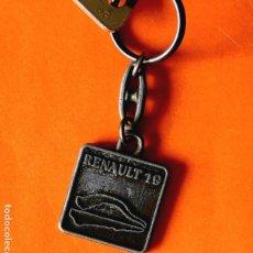 Coleccionismo de llaveros: LLAVERO DE RENAULT PARA EL RENAULT 19 - EN METAL ENVEJECIDO - AÑOS 80 - ORIGINAL - NUEVO. Lote 99685963