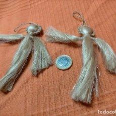 Coleccionismo de llaveros: DOS LLAVEROS ARTESANAL. CUERDA DE CAÑAMO. Lote 244726765