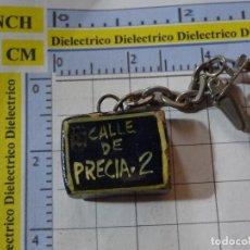 Coleccionismo de llaveros: LLAVERO DE TURISMO. AZULEJO LETRERO CALLE DE PRECIA 2 PRECIADOS MADRID. Lote 246269395