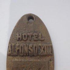 Collezionismo di Portachiavi: ANTIGUO LLAVERO.HABITACION.HOTEL ALFONSO XIII SEVILLA SIGLO XX. Lote 249320105