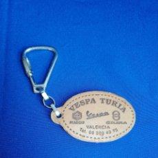 Coleccionismo de llaveros: LLAVERO VESPA TURIA - PIAGGIO - GILERA - MOTOS. Lote 254221900