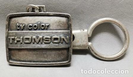 LLAVERO DE METAL TV COLOR THOMSON - LLAV-14010 - B-436 (Coleccionismo - Llaveros)