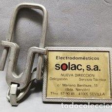 Coleccionismo de llaveros: LLAVERO DE METAL ELECTRODOMESTICOS SOLAC, S.A., SEVILLA - LLAV-14011 - B-436. Lote 269069388