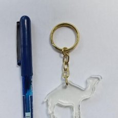 Colecionismo de porta-chaves: LLAVERO CAMEL METACRILATO. Lote 269824988