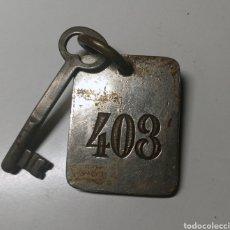 Coleccionismo de llaveros: ANTIGUO LLAVERO DEL HOTEL LAFUENTE DE ZARAGOZA - HABITACIÓN 403 - CON SU BONITA LLAVE. Lote 269986238