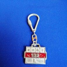 Coleccionismo de llaveros: SEAT 142 L LLAVERO (DIFICIL DE ENCONTRAR). Lote 277064958