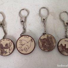Colecionismo de porta-chaves: LOTE DE 4 LLAVEROS CON MATERIAL DE AZULEJO O SIMILAR, VARIOS DISEÑOS. Lote 287018298