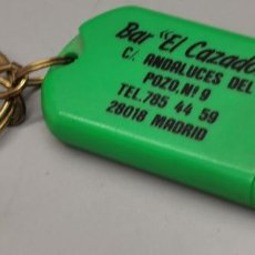 Coleccionismo de llaveros: LLAVERO BAR EL CAZADOR MADRID. Lote 287989953