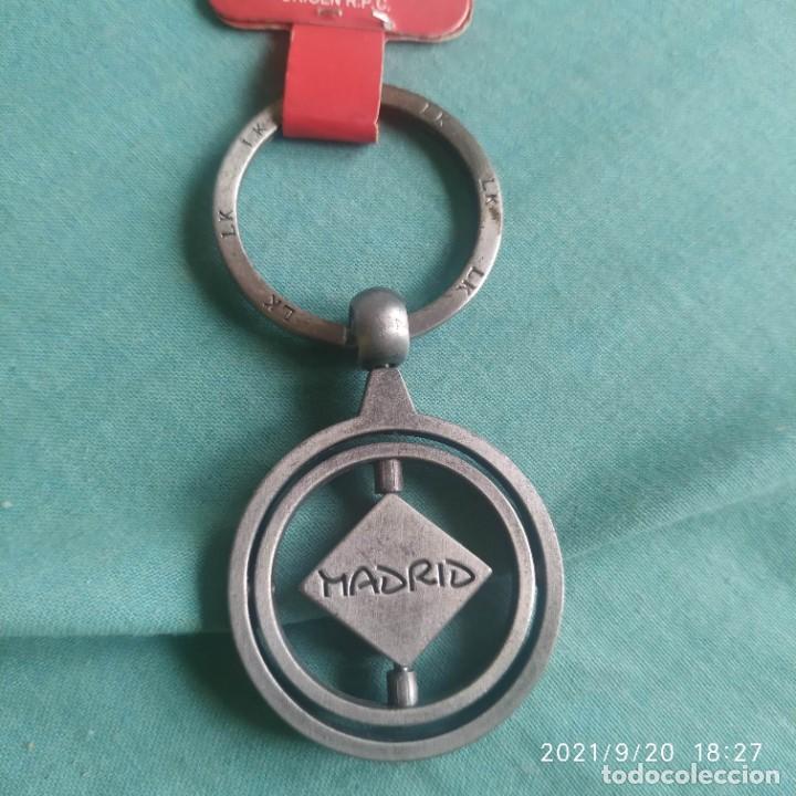 Coleccionismo de llaveros: Llavero key chain Madrid escudo oso de madroño - Foto 2 - 288535158