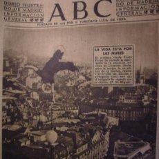 Coleccionismo de Los Domingos de ABC: ABC OCTUBRE DE 1947 LA VIDA ESTA POR LA NUBES (EQUILIBRISTA). Lote 26314637