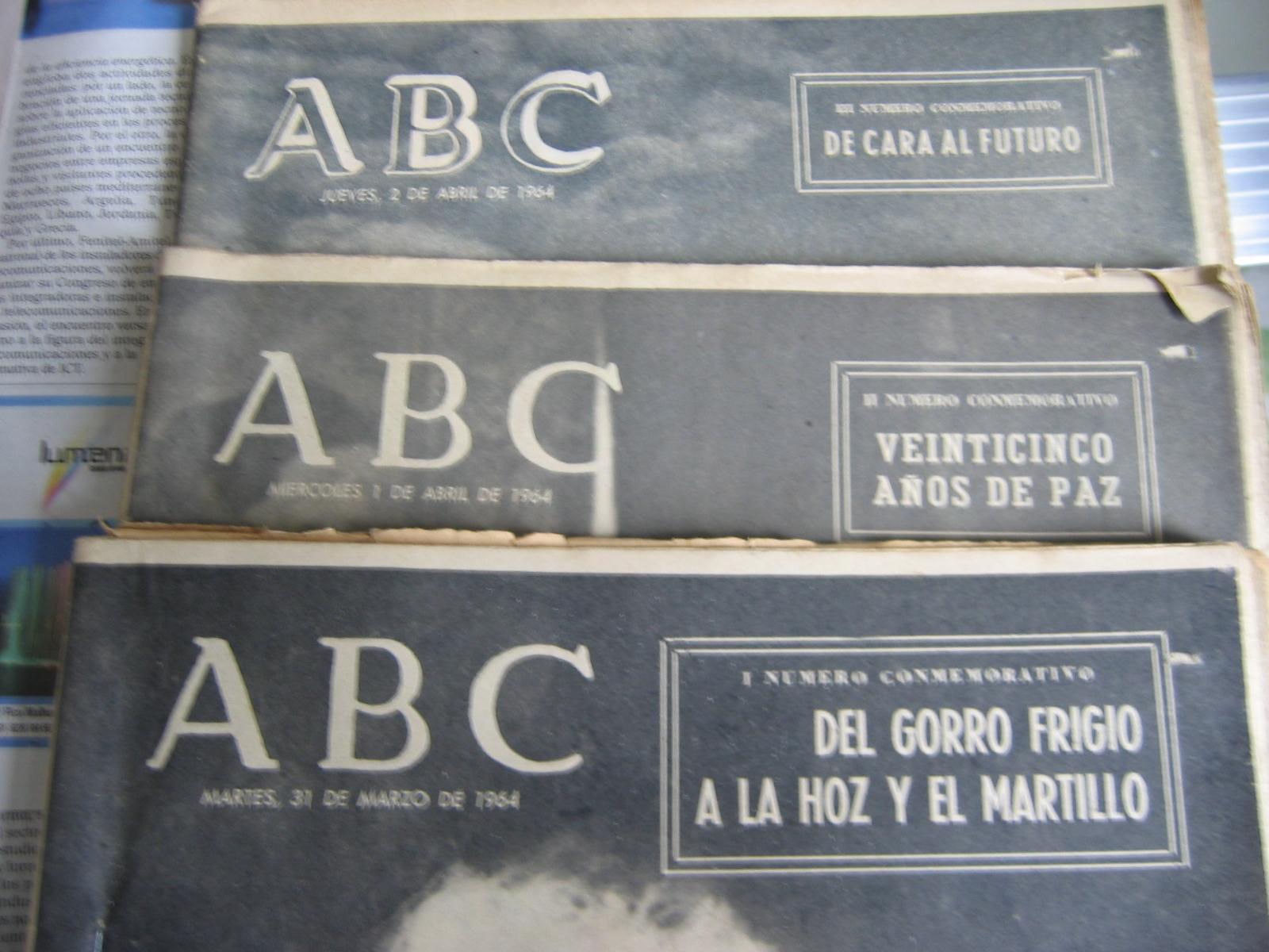 Coleccionismo de Los Domingos de ABC: ABC. AÑO 1.964. CONMEMORATIVOS DE LOS 25 AÑOS DEL FINAL DE LA GUERRA EN 1.939. - Foto 2 - 26330711
