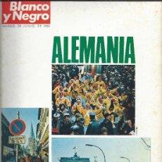 Coleccionismo de Los Domingos de ABC: ALEMANIA-SUPLEMENTO REVISTA BLANCO Y NEGRO DEL 28.6.69. Lote 34993905