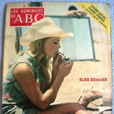 Coleccionismo de Los Domingos de ABC: LOS DOMINGOS DE ABC, ENERO 1973, SEDAR SENGHOR, ELKE SOMMER, CARMEN ORDOÑEZ SE CASA CON UN TORERO.... Lote 37465961