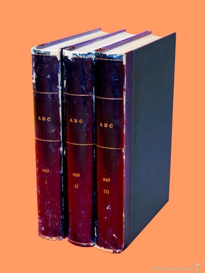 SUPLEMENTOS LOS DOMINGOS DE ABC, AÑO 1969 COMPLETO Y ENCUADERNADO EN TRES TOMOS (Coleccionismo - Revistas y Periódicos Modernos (a partir de 1.940) - Los Domingos de ABC)