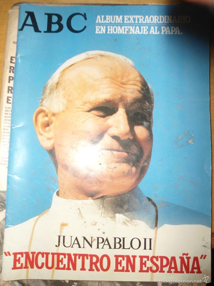 Coleccionismo de Los Domingos de ABC: LOTE PERIODICOS DIARIO ABC AÑO 1982 - JUAN PABLO II - Foto 17 - 58744540
