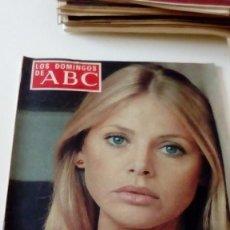Coleccionismo de Los Domingos de ABC: C-15OG18 REVISTA LOS DOMINGOS DE ABC 4 DE DICIEMBRE DE 1977 BRITT EKLAND. Lote 125225167