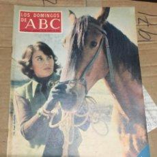 Coleccionismo de Los Domingos de ABC: LOS DOMINGOS DE ABC (19-1-1975) TERESA DEL RIO EN PORTADA. Lote 171463550